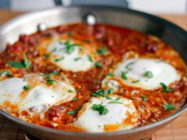 Gambar diambil dari resep Moroccan Eggs ini.